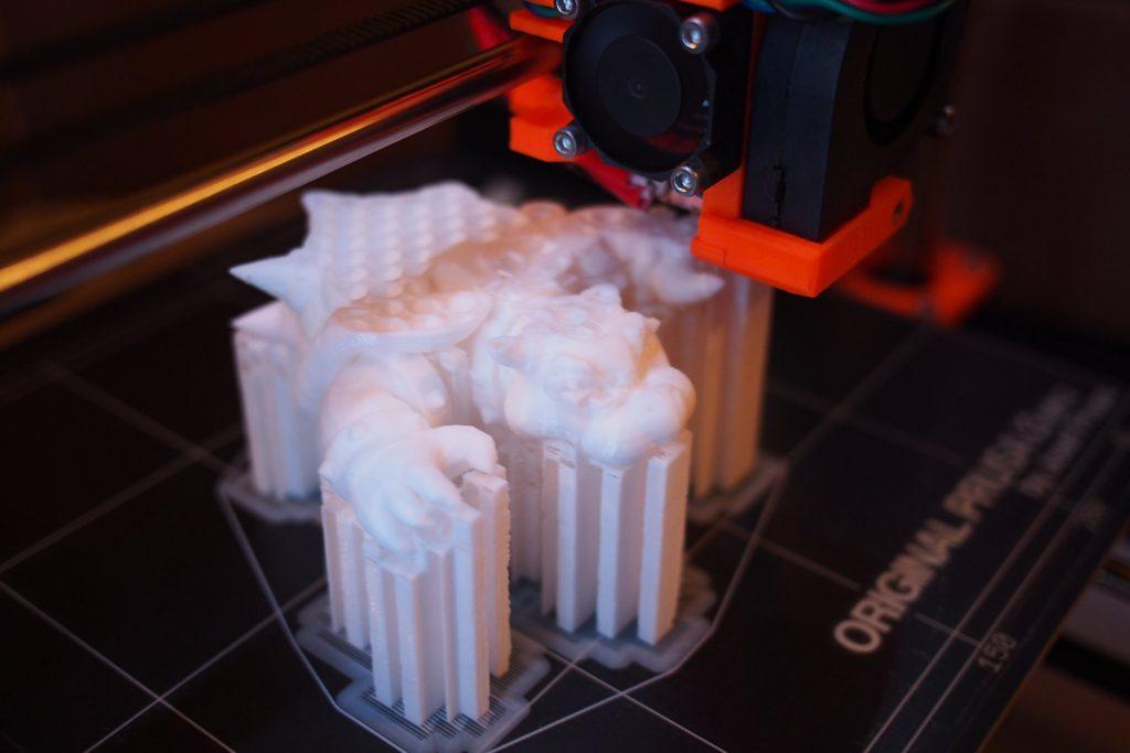 Cần gì in 3D màu khi bạn có chút khiếu tô mầu nhỉ?